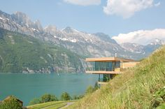 A single family home in Unterterzen, with a clear view of lake Walensse and the mountains of Churfürsten.