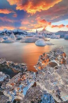 The gorgeous Jökulsárlón in Iceland, again. A large glacial lake in southeast Iceland, it's is considered as one of the natural wonders of Iceland. In 1991 Iceland issued a postage stamp, with a face value of 26 kronur, depicting Jökulsárlón. Beautiful World, Beautiful Places, Beautiful Pictures, Beautiful Beautiful, Beautiful Sunset, Landscape Photography, Nature Photography, Photography Backdrops, Digital Photography