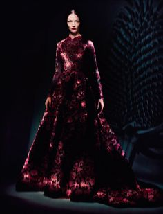 Mariacarla Boscono photographed by Paolo Roversi - Vogue Italia: March 2013 - Couture Allure