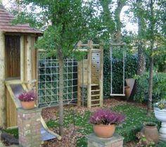 Climbing frame for small gardens - log cabin