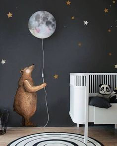 From when we first launched the bear.... holding the Sleepy Moon. Did you know we have bundles in our shop with the Sleepy Moon lamp, bear wall sticker and stars. Always scroll down in our shop to see the suggestions. Happy shopping. #hartendief #hartendieftips #sleepymoonlamp #moonlamp #kidslamp #brownbearsticker #walldecal #kidsroomdecor #kidsroomstyling #cutenursery #nurseydecor