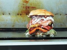 The New York Street Food Guide - 50 tasty cheap eats including this yummy burger #nycfoodfight
