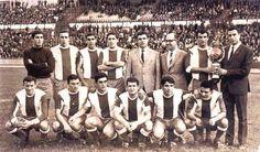 Em 1967. Arriba: Giráldez, Domínguez, Sertucha, José Luis, Antonio González (presidente), Novo, Manolete e Joanet. Abaixo: Gatell, Loureda, Beci, Aurre, Morilla e Lamelo.