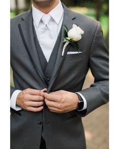 """ddad4a25f6 Miguel Carreguí - Moda Hombre on Instagram  """"Una vez tengas tu traje de  novio"""