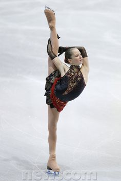 Newly crowned World Junior Champion, Julia Lipnitskaia, is one of the most flexible skaters I have ever seen. I'm loving her stage presence and innovative spin variations.