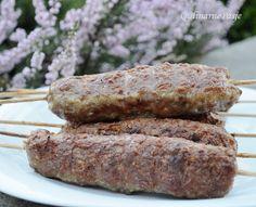 QulinarnePasje: Czas na grilla! Mielone mięso na patyku - palce lizać :) Sausage, Steak, Grilling, Food And Drink, Pizza, Beef, Foods, Drinks, Meat