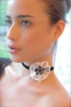 Romantic lace flower asymmetrical necklace collar in black and white, Fabric jewelry Bridesmaids bridal Vintage Wedding flower girl choker