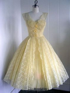 What a pretty Easter dress this would be!