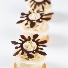 #Repost @_harun.das   .  #DASpatisserie #chefstalk #food #dessert #sweet #amazing  #instalife #insta #yummy #photooftheday #cake  #repost #cool #instagram #foodporn #instagood #foodpic #foodphotography #chef  #love #yummy  #cute #foodpics  #bakelikeaproyoutube #instagood #instagram