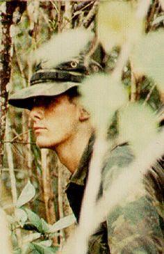 Virtual Vietnam Veterans Wall of Faces | PETER F DE WILDE JR | MARINE CORPS