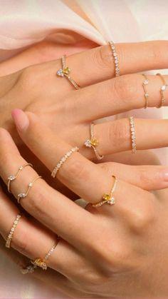Stylish Jewelry, Simple Jewelry, Dainty Jewelry, Cute Jewelry, Jewelry Accessories, Jewelry Design, Dainty Gold Rings, Fashion Rings, Fashion Jewelry