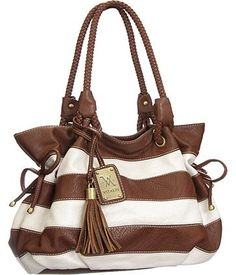 Get your new favorite purse by shopping at https://www.ktique.com/collections/handbags-1