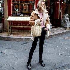The basket bag trend isn't going anywhere but the style is shrinking in size. #bag #streetstyle