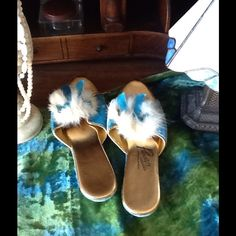 VTG 60s RABBIT FUR,VELVET BOUDOIR SLIPPERS/SHOES These are so so pretty, they are a VTG pair of 60s velvet rabbit fur and gold metallic boudoir/house shoes...these can also be worn outside, they have a little rabbit fur POMPOM on the vamp with a little teal color bow that matches the teal velvet,the footbed is in a metallic gold...they are made by Primstyle casuals,no size indicated I wear an 8 and they are a bit too small for mess I'd say a 7.5,excellent…