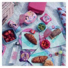 Lente! Budget picknick tips, recepten, ideetjes en inspiratie voor dit voorjaar/zomer met items van Action! Goedkoop, gezond, lekker genieten! Buiten en in de tuin