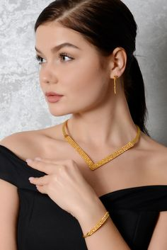 Gold Fashion, Fashion Jewelry, Gold Jewelry, Jewelery, Art Village, Cream Pies, Indian Jewelry, Jewelry Design, Mesh