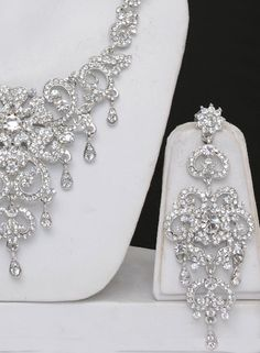 Silver Color Jewelry Set...Matt would call that gaudy, I would call it PERECT!!!