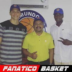 by @gegs77 #FanaticoBasket  Dos nuevos jovenes talentos salidos del Campamento Trotamundos del Futuro ya son parte de el Expreso Azul. Alejandro Hernandez y Eudes Angulo. #TrotamundosDeCarabobo #TrotamundosDelFuturo  #Trotamundos2015 #ExpresoAzul #Basketball #Talento #Desarrollando #GeneracionDeRelevo #LPB #Firma #Responsabilidad