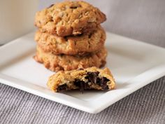 Peanut Butter Chocolate Chip Oatmeal Cookies - Bite