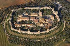 Monteriggioni, Toscana, Italy