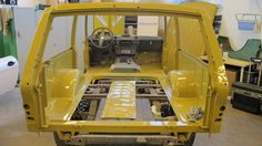 Looking for the Land Rover of your dreams? There are currently 109 Land Rover cars as well as thousands of other iconic classic and collectors cars for sale on Classic Driver. Range Rover Classic, Range Rover 1970, Garage Workshop Plans, Range Rover Supercharged, British Car, Collector Cars For Sale, Land Rovers, Land Rover Defender, Tractor