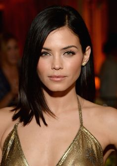 Actress Jenna Dewan Tatum attends ELLEs Annual Women in Television Celebration on January 2015 at Sunset Tower in West Hollywood, California. Presented by Hearts on Fire and Olay. My Hairstyle, Pretty Hairstyles, Straight Hairstyles, Chocolate Brown Hair Color, Brown Hair Colors, Jenna Dewan Hair, Medium Hair Styles, Short Hair Styles, Short Straight Hair