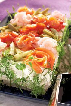 Lohi-katkarapuvoileipäkakku | K-ruoka