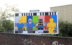 infected by design street art brandalism Photographie Street Art, Modern Art, Contemporary Art, Grafitti Street, Street Art Photography, Street Marketing, Best Street Art, Arts And Entertainment, Art Design