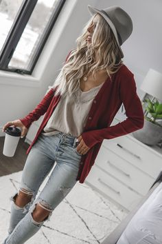 Rhubarb Signature Cardigan - Adults – Beau Hudson Source by outfits for winter Trend Fashion, Look Fashion, 2020 Fashion Trends, Unique Fashion, Fashion Ideas, Mode Outfits, Fashion Outfits, Beau Hudson, Looks Jeans