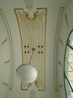 Otto Wagner ~ in the building Metro Karlsplatz Art Nouveau Architecture, Historical Architecture, Architecture Details, Otto Wagner, Koloman Moser, Vienna Secession, Arts And Crafts Movement, Art Deco Design, Ceiling Design