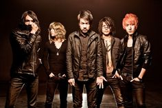 CROSSFAITH signs with a label in the United States and Europe