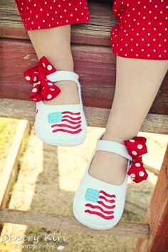 stars and stripes hand painted shoes ~ found on etsy.com