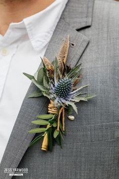 ideas wedding boho autumn for 2019 Fall Wedding Flowers, Bridal Flowers, Flower Bouquet Wedding, Purple Wedding, Spring Wedding, Boho Wedding, Floral Wedding, Cake Flowers, Feather Wedding Decor