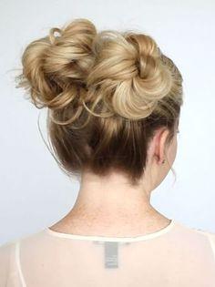 Hottest Double Up Bun Hairstyles Ideas 2019 for Women Holiday Hairstyles, Summer Hairstyles, Bun Hairstyles, Hairdos, Dark Hair, Blonde Hair, Textured Bob Hairstyles, Let Your Hair Down, Hair Goals
