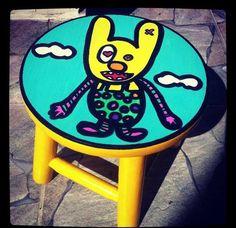 #banqueta #stool #monster #monstrinho #amarelo #juamora #petit