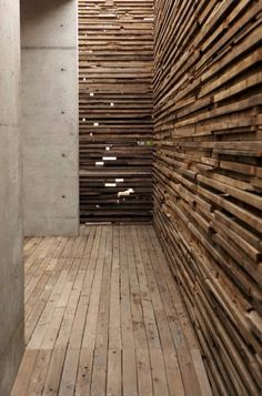 Openworke wooden wall