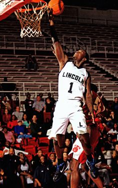 Lance Stephenson - Lincoln Railsplitters - Brooklyn New York 2009 High School Basketball, Buy Basketball, Basketball Players, Lance Stephenson, Brooklyn New York, Sports Stars, In High School, Nba Players, Cincinnati