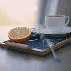 #sonntagmorgen ist #frühstückszeit  dabei kommen natürlich nur #frische und #gesunde Sachen auf den Tisch   #breakfast #sundaymorning #fresh #orange #wakeup #foodporn #fitness #coffee #foodphotography #foodlove