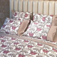 Bed Cover Design, Bow Pillows, Pillow Design, Bed Sheets, Homemade Bird Houses, Ready Bed, Bed, Bed Pillows, Pillows