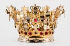 For centuries, it has been a tradition for Norwegian Brides to wear a Crown on their wedding day: The Bridal Crown Tradition never died, although the wearing of traditional folk costumes called … Royal Jewels, Crown Jewels, Bridal Shower Balloons, Bridal Party Tables, Sophisticated Bride, Circlet, Bridal Nails, Bridal Crown, Printable Designs