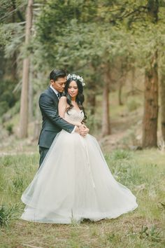 Sweeping Chiffon Wedding Dress | Kristen Booth Photography | Enchanting Mountain Bridal Portraits in a Fairy Tale Forest