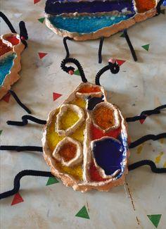 Brouci z keramiky zdobené sklem. Vytvořili předškoláci v našem výtvarném studiu. Cookies, Desserts, Food, Crack Crackers, Tailgate Desserts, Deserts, Eten, Cookie Recipes, Postres