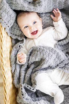 Virkkaa kaunis peitto vauvalle pehmeästä merinovillasta. Sen alla kelpaa pötkötellä päiväunilla.