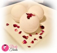 Champagne and Strawberries Bath Bomb Fizzy  by BodyTreatsHomeSpa