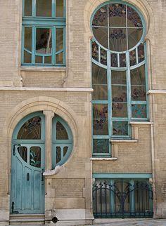 Art Deco Door at 6 rue du Lac, Brussels, Belgium -