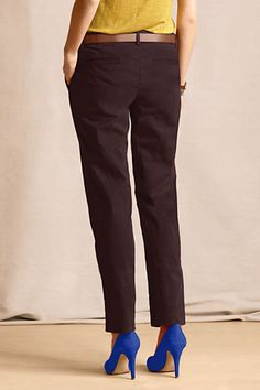 Outfit 4: Women's True Slim Chinos from Lands' End Canvas in raisin! This lovely, dark, saturated color is a great start to an outfit! #CanvasChinos