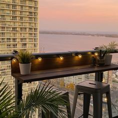 Condo Balcony, Apartment Balconies, Small Balcony Garden, Small Balcony Design, Small Balcony Decor, Apartment Balcony Decorating, Small Patio, Balcony Ideas, Patio Ideas