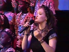 Watoto Children Choir !{ Praising Jesus -Beautiful Worship}
