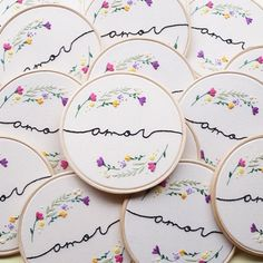 Embroidery Hoop Crafts, Simple Embroidery, Floral Embroidery, Cross Stitch Embroidery, Embroidery Patterns, Hand Embroidery, Sewing Tutorials, Sewing Crafts, Sewing Projects