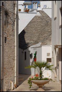 Trullo ad Alberobello, Bari, Apulia_ Italy